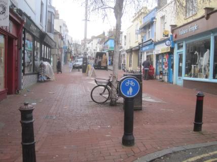 Gloucester Rd, by Kensington Gardens